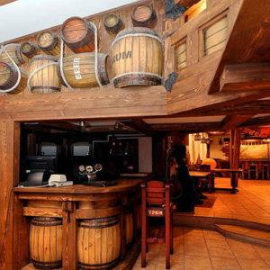 Отделка деревом баров и ресторанов